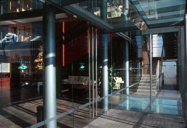 Hotel solvasa gran v a bcn for Oficina pelayo sevilla